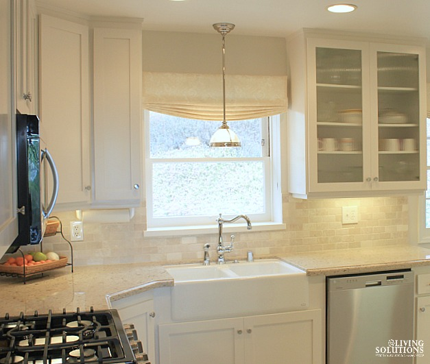 Pendant Light Apron Sink White Cabinets