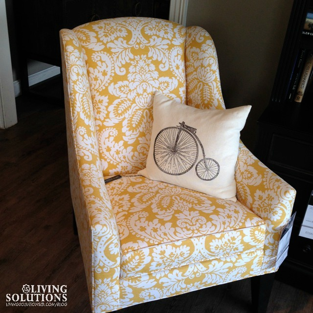BLOG***EA Chair 4 Yellow