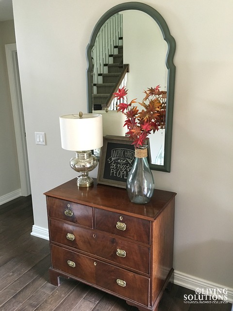 fall-entry-chest