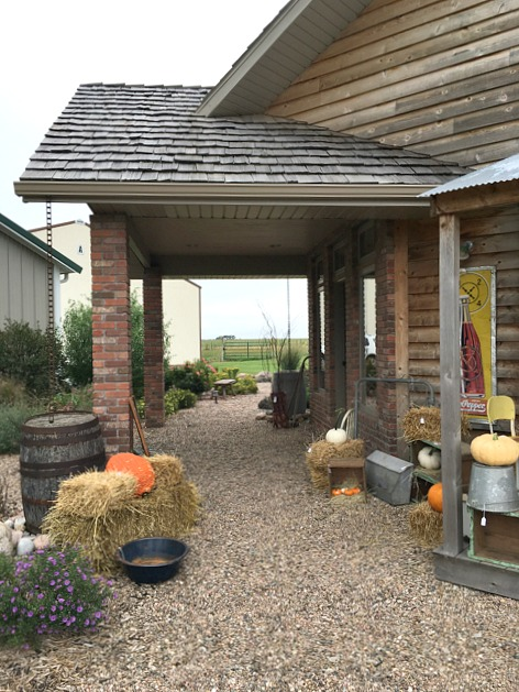 fall-porch-open-house