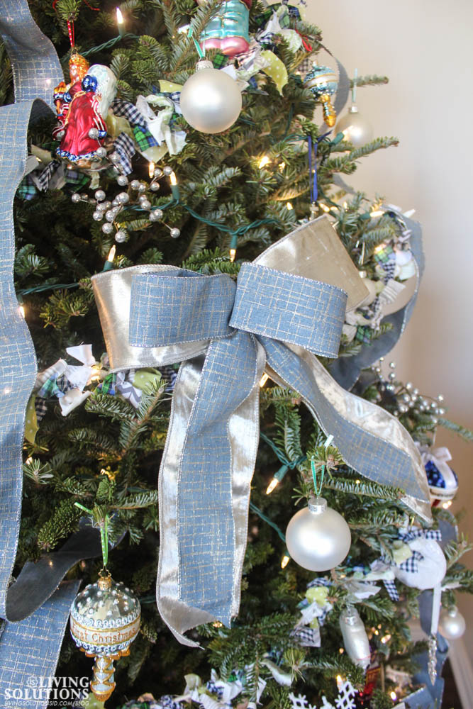 christmas-tree-silver-blue-bows