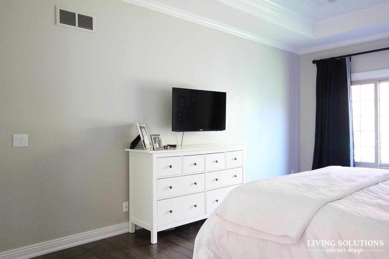 Blue and white greige revere pewter master bedroom 5